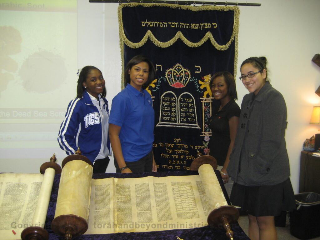Scroll Seminar at Christian High School Dallas Students standing by Torah Scroll
