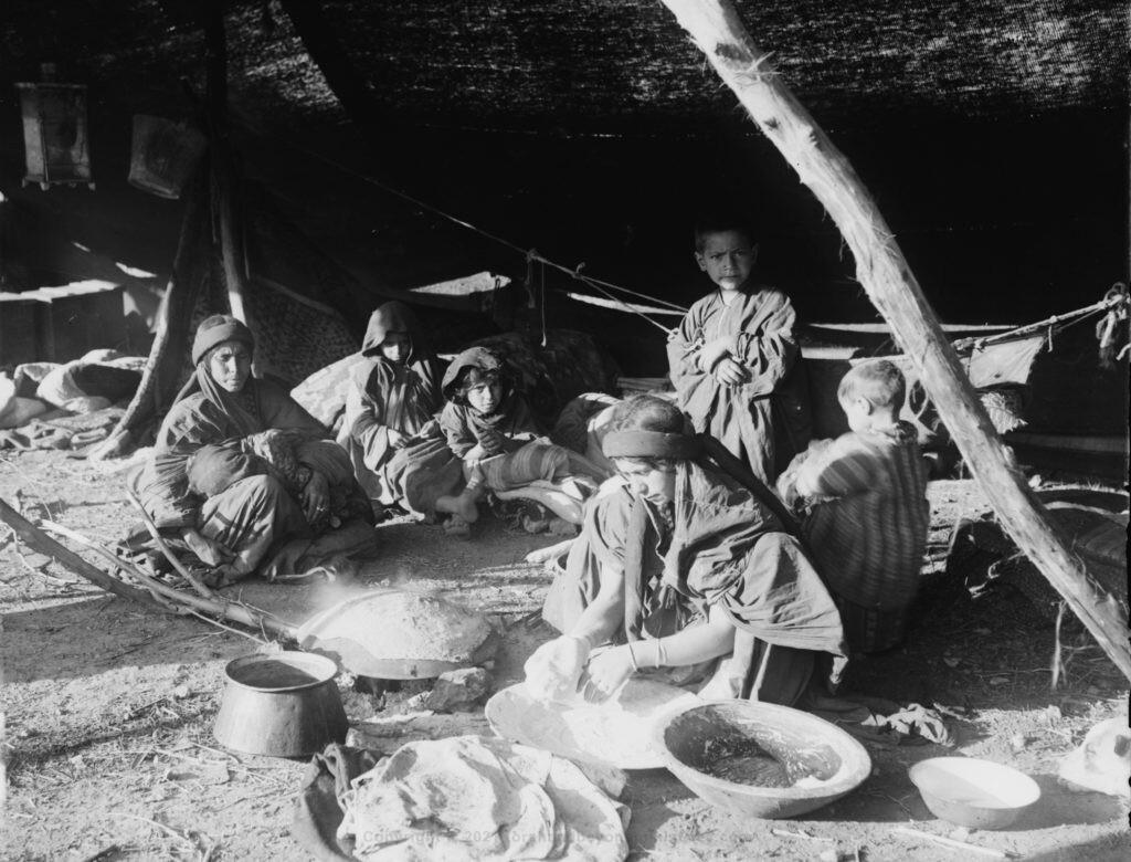 Bedouin woman making Unleavened bread Between 1898 and 1946