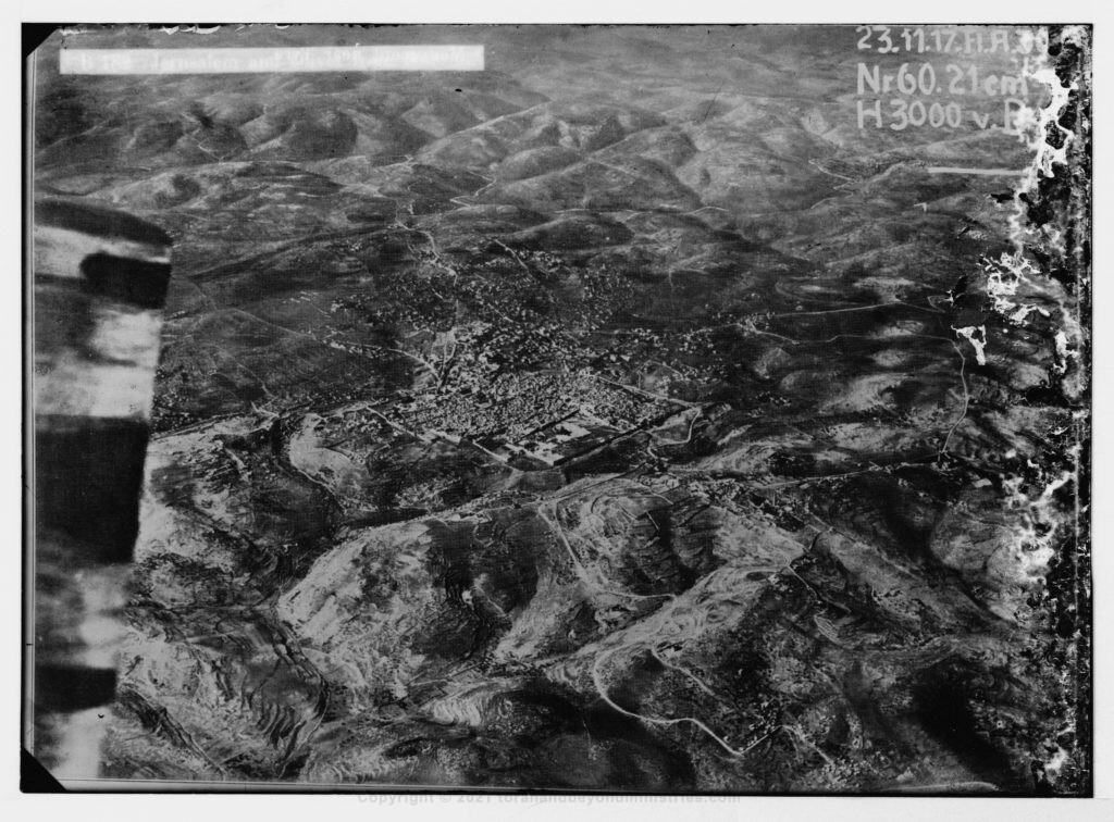 First aerial photographs of Jerusalem 1900 to 1920
